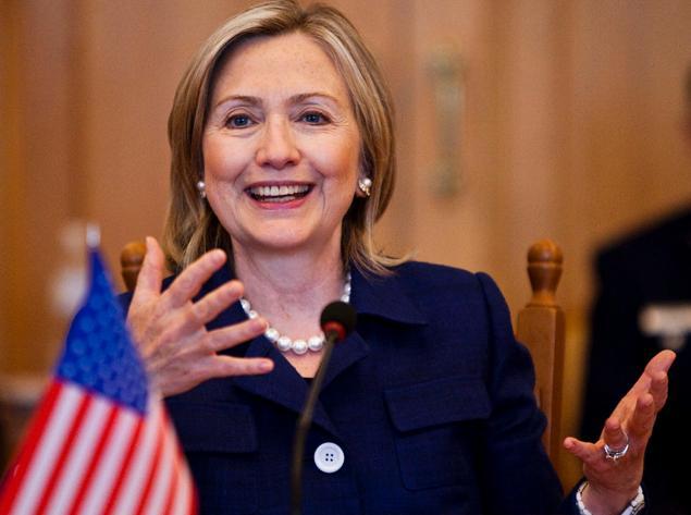 โพลล์ชี้ฮิลลารี คลินตัน ตัวเต็งเลือกตั้งประธานาธิบดีสหรัฐฯ ในปี 2559